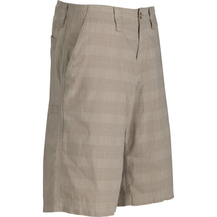 Whether you're chalking up for a V5 or just hitting the links, the lightweight Marmot Ashland Short is ready to bring it. - $33.98