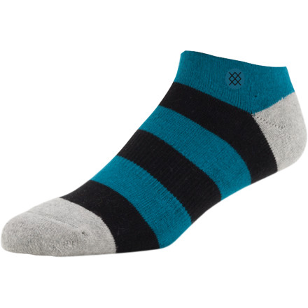Skateboard The Stance Low Skate Sock is made with stretchy spandex, moisture-wicking polyester, and superbly soft and devilishly durable combed cotton. This ankle-height sock is low in profile but speaks volumes when it comes to comfort and style. - $6.26