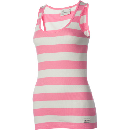 Surf A fine rib knit and a touch of elastane give the Peak Performance Women's Sarah Tank Top a body-hugging fit. - $11.99