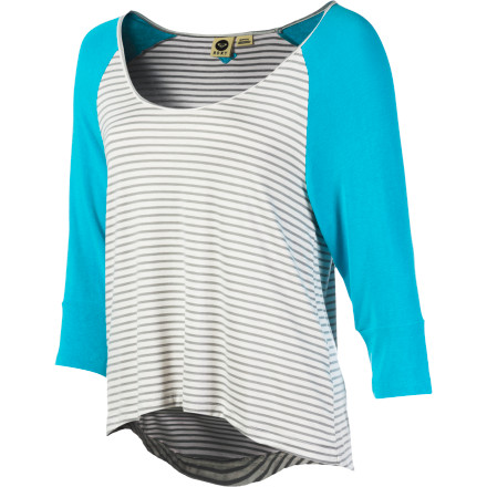 Surf After a morning of surf, shower and put on the Roxy Women's Sea Love Long-Sleeve Shirt. This cozy shirt features raglan sleeves and a longer back hem for a chill look while you lounge on the couch and watch your favorite surf movie. - $29.20
