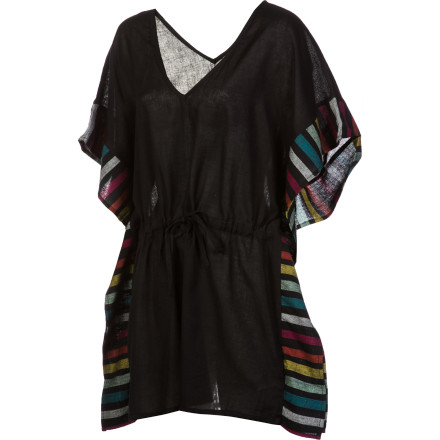 Surf That hot bikini isn't complete without the right cover-up, so be sure to pack the Roxy Women's Wave Wanderer Poncho before you fly south in search of warm beaches. This breezy poncho with a cinch waist accents its sophisticated black body with punchy color details along the sleeves and sides. - $46.00