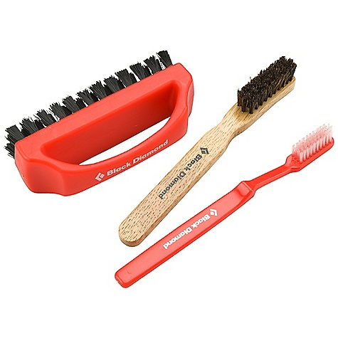 Climbing Black Diamond BD Brush Set DECENT FEATURES of the Black Diamond BD Brush Set Replacement brushes-3 red, 1 mid-size, wood handled and 1 mega-scrub handled brush The SPECS Weight: 4.2 oz / 120 g ALL CLIMBING SALES ARE FINAL. - $15.95