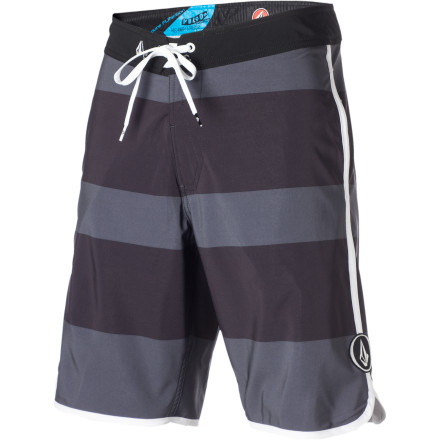 Surf More pleasant to use to cover the lower half of your body than using actual scallops, the Volcom Men's V4S Scallop Board Short has the fabric flexibility you need to surf or swim comfortably. Mesh-lined pockets drain quick, and the cinch-style fly closes easily with a quick tug and stays closed even if you end up in a spin-cycle crash after stuffing the face of a monster wave. - $35.97