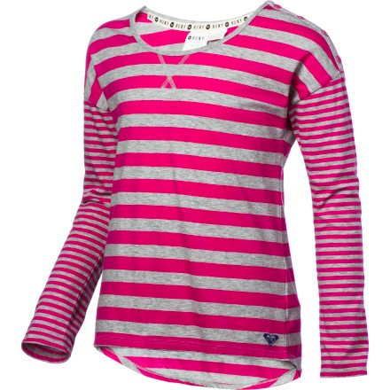 Surf Grab the Roxy Girls' Tulip Long-Sleeve Shirt from your closet, pull on your skinny jeans and boots, and rush downstairs for some breakfast before you catch the school bus. - $22.10