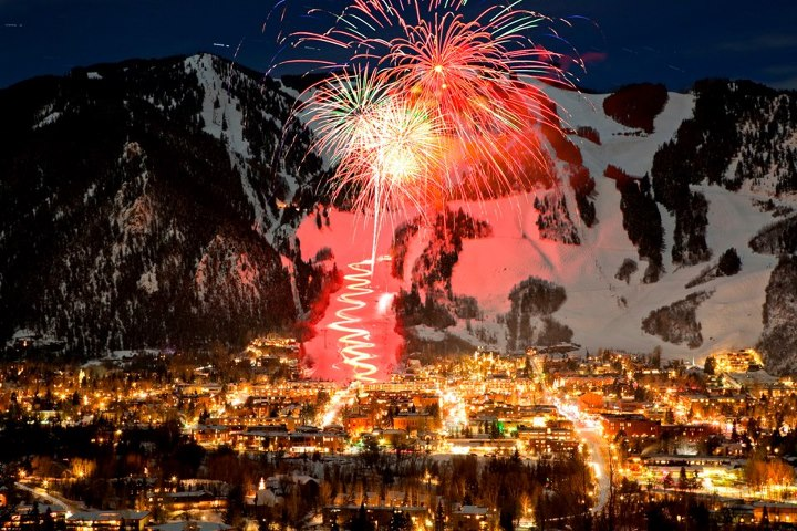 Snowboard Happy New Year! Don't miss tonight's fireworks over Aspen Mountain at 8 p.m. and midnight. For more on tonight's activities click here: http://ow.ly/gslPr.