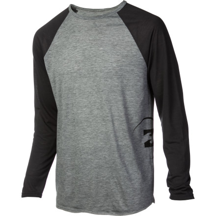 Surf Casual is as casual does, even if you're paddling out. The Billabong Eclipse Surf T-Shirt may look like a plain ol' raglan tee, but it's rally a rashguard. Mind = blown. - $35.95
