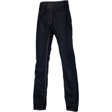 Skateboard Keep your look clean and cool in the Comune Jeff Men's Denim Pant. It's made with 100% cotton denim and features a straight leg fit that will have you feeling comfy whether you're skating out on the streets or simply kicking in at the crib. - $64.37