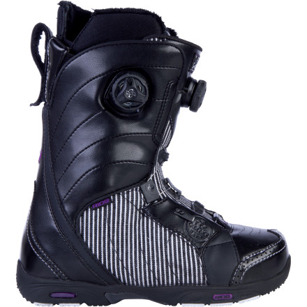 Snowboard Whether charging through bottomless pow or dialing in new tricks in the park, the Ride Cadence Focus Boa Snowboard Boot keeps you on pace for fun-filled progression. Dual-reel Boa Focus speed lacing dials in a precise fit for nearly any foot shape, while the lightweight design keeps your feet feeling fresh all day long. - $173.97