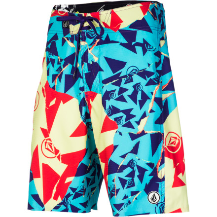 Surf The Volcom Tornlosky Men's Board Short takes care of the function so you can worry about the fun part. That's because it's made with an ultra-stretchy V6S fabric that moves with your body to provide unrestricted mobility, and it's DWR-treated so that the fabric absorbs less water, keeping it light and increasing dry time. It also features Grid-Dry technology, which textures the fabric so that water and air can move freely between the short and your skin, reducing irritating chafing caused by friction. - $64.95
