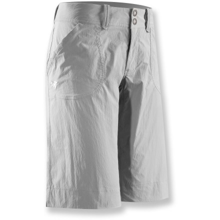 Camp and Hike The urban-inspired Parapet long shorts from Arc'teryx are lightweight, breathable and durable, making them perfect for climbing, trekking, hiking and traveling. Quick-drying, durable fabric breathes well; spandex adds nice stretch for comfortable mobility, no matter what moves you throw down. Zipper fly with 2-snap closure. Wide hem and gusseted crotch. 2 hand pockets and 2 back pockets. Arc'teryx Parapet shorts have a relaxed, easygoing fit. Closeout. - $34.73