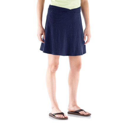 The REI Aldervale Knit skirt is cool, comfortable and versatile. You'll love its easy pull-on styling and great features. Easy-care slub jersey knit is blended with a touch of elastane for the perfect amount of stretch. Faux crossover waistband has feminine gathers and tunneled elastic; you get a comfortably stable and flattering fit. Concealed zip pocket at right front waistband. Slim cut offers a lean look; modern rise hits below the belly button. - $12.83
