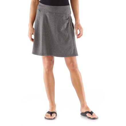 With a beautiful hand and great-fitting 4-way stretch, the REI Northway skirt is perfect for traveling near and far. - $26.83