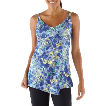 Fitness The REI Sariska tunic complements your workout with incredibly soft fabric and an elegant print pattern. - $12.83