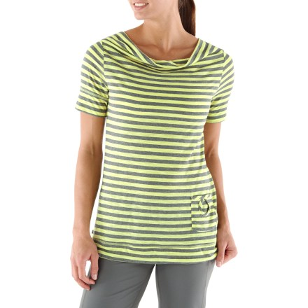Fitness Perfect for an extra layer of coverage, the REI Sariska Striped T-shirt is a great companion for your yoga practice with breathable, soft fabric and a beautiful design. - $30.93
