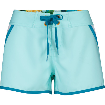 Surf Hang out in your The North Face Women's Chicha Mini Board Short while you lie back and let the river carry you and your tube downstream. Things don't get much better than a lazy summer day in a comfy pair of short board shorts with a beer in your hand and the sun on your skin. - $39.95