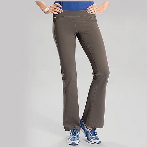 On Sale. Free Shipping. Lole Women's Motion Pant DECENT FEATURES of the Lole Women's Motion Pant Flat seams for comfort Lined gusset at crotch Hidden pocket at waistband Reflective logo Inseam: 33 inches - $78.36