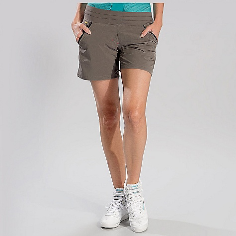 Free Shipping. Lole Women's Movement Short DECENT FEATURES of the Lole Women's Movement Short Short with drawcord at waistband 2 hand pockets 1 zip pocket Reflective logo Relax fit with low rise Inseam: 6in. / 15 cm - $59.95