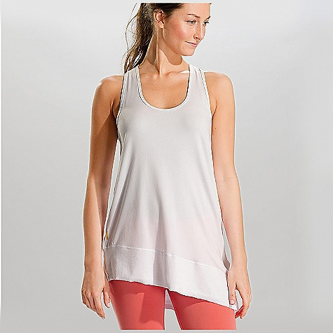 Surf Free Shipping. Lole Women's Savasana Tank Top DECENT FEATURES of the Lole Women's Savasana Tank Top Tank top with scooped neckline Crossover straps at back Rib insert at bottom Reflective logo Length: 29in. / 73.5 cm - $51.95