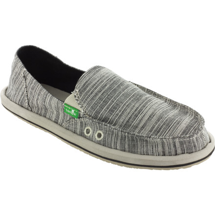 The Sanuk Laurel Women's Shoe is even better than going barefoot. The lightweight cotton upper is breathable and a ridiculously soft EVA footbed makes it feel like you're walking on clouds wherever you go. - $43.96