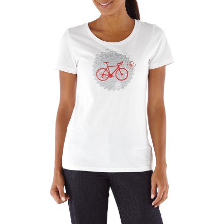 Fitness The Novara Bike Chainring T-shirt combines style and performance for those days that include some biking, some errands and some downtime with friends. Smooth cotton blend feels comfortable and breathes well. Reflective logos help you stay safe by being seen. Crew neck styling. The Novara Bike Chainring T-shirt offers an active fit. - $16.93