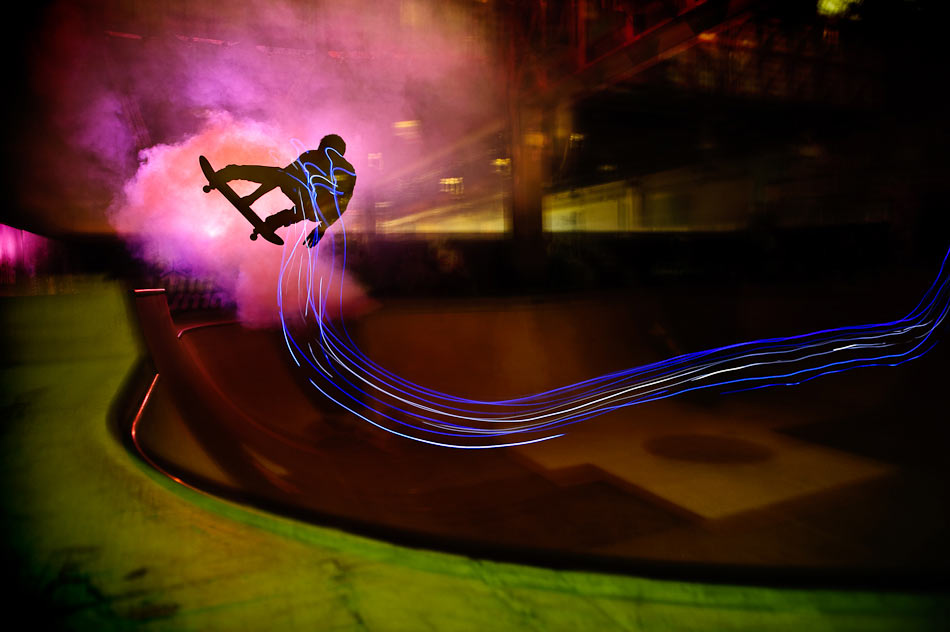 Skateboard skate light