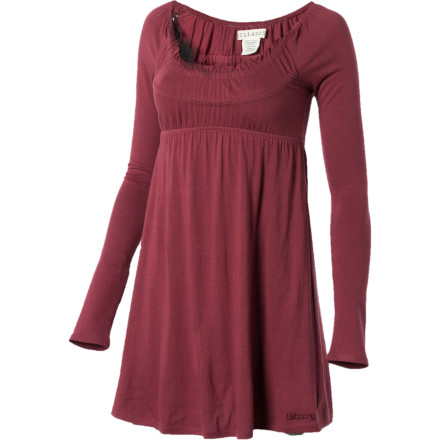 Surf Cool your jets; the Billabong Benny Dress makes an easy outfit with your leggings and boots when you have zero prep time before your date. This dress\222 sweet pleated scoop-neck and empire waist create a flattering fit, while the long sleeves keep you warm during brisk fall nights. - $23.67