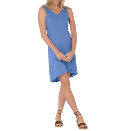 Entertainment With eye-catching faux wrap style, the Horny Toad Spicey dress has you set to go from sunup to sundown without a hitch. Lightweight fabric and a relaxed fit make it a sure favorite. A blend of natural and synthetic fabrics create a soft texture while adding durability. Elastic gathering on the sides adds shape; bra-friendly straps give just enough coverage. On-seam hand pockets offer easy storage. Horny Toad Spicey dress is longer in the back, adding a touch of grace. - $51.93