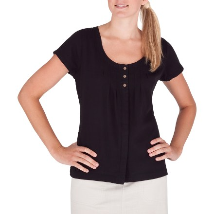 Entertainment The Royal Robbins Cool Mesh top goes on easy and brings style and comfort to your warm-weather wear. Cotton/organic cotton blend fabric is lightweight, soft and breathable. 3-button placket. Closeout. - $18.73