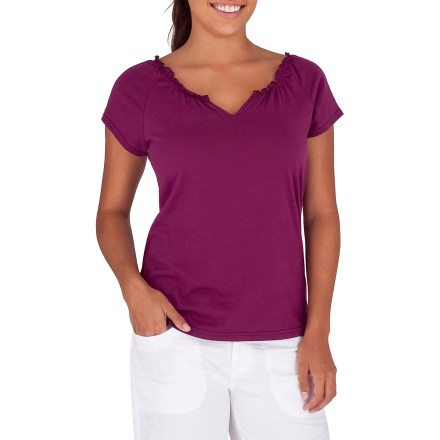 Entertainment The Royal Robbins Tadmore Cap Sleeve top adds simple style and comfort to your warm-weather wardrobe. Made from certified 100% organic cotton for breathable comfort and easy care. Gathered neckline and raglan sleeves round out features. Closeout. - $10.73