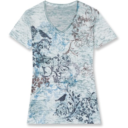 Entertainment Sometimes less is more, and even with an intricate, abstract print, the Aventura Valeria T-shirt takes care of the basics first by staying true to comfortable, classic design. Blend of cotton and burnout polyester jersey feels soft next to skin and needs no special care. Valeria T-shirt features a classic fit that's not too tight or too loose. - $20.83