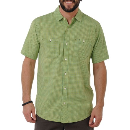 With the softness of organic cotton and the structure of a button-front shirt, you can stay comfortable and still get down to business in the Horny Toad Smythy Shirt. - $26.83