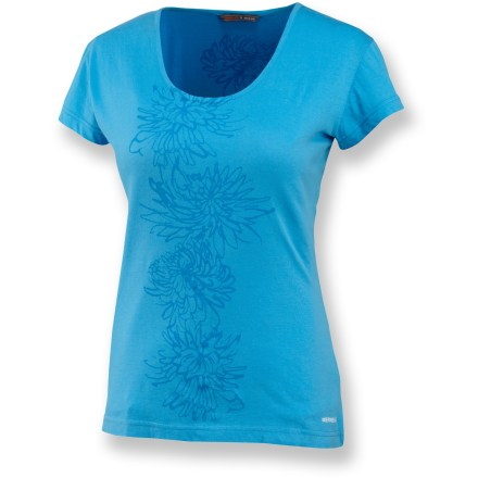 The Merrell Adore Floral T-shirt brightens up your wardrobe with vibrant colors, a subtle design and soft cotton that your skin will love. Cotton fabric is naturally soft, breathable and comfortable. Merrell Adore Floral tee features a flattering scoop neck. - $16.93