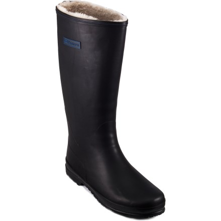 Skateboard The Tretorn Kelly Vinter boots prove that rubber rain boots don't have to mean frozen toes. Faux fur linings add an element of warmth, so you can stay comfortable in the cold longer. - $62.93
