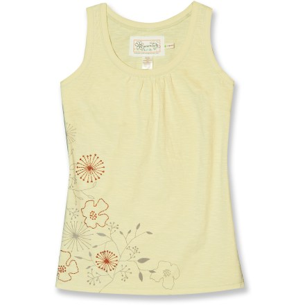 Surf Deciding what to wear is a breeze thanks to the Aventura Schatter tank top. Simple, feminine style and soft fabric make it a natural choice for warm-weather days. Lightweight organic cotton jersey offers natural, breathable softness and needs no special care. Aventura Schaffer tank top features a relaxed fit for total comfort. - $11.83