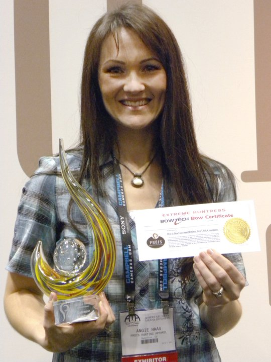We want to congratulate Angie Haas-Tennison, who has won the title of 2011 Extreme Huntress from Prois Hunting Apparel for Women!! Read more on the Prois website here: http://www.proishunting.com/community/?p=1114