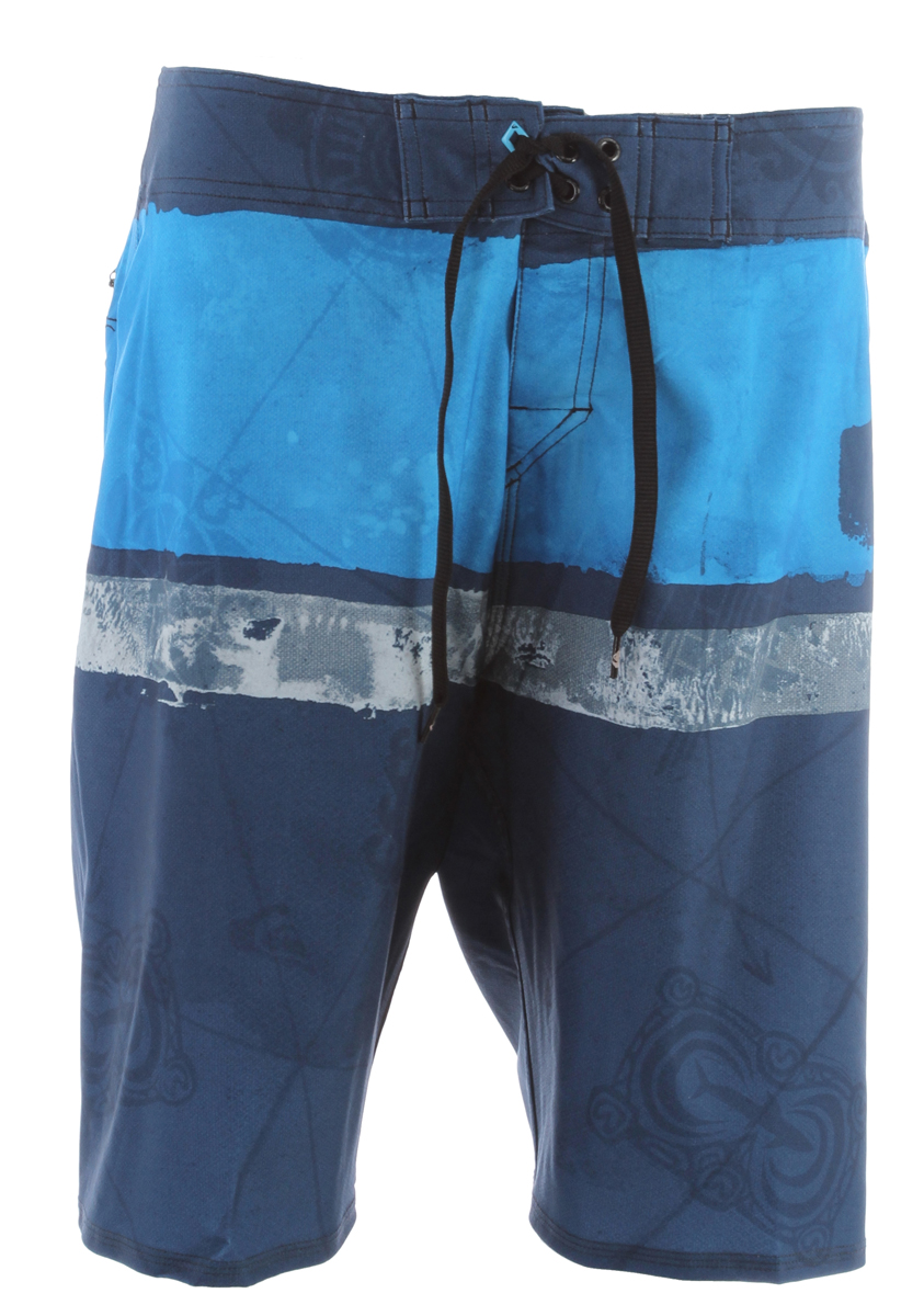 Surf Kelly said in an interview that he hasn't been at home for more than a month straight since high school. Maybe that is why he named these signature trunks the Cypher Kelly Nomad.Key Features of the Quiksilver Cypher Kelly Nomad Boardshorts: 88% Polyester 12% Spandex Water repellant 4 Way Stretch Diamond Dobby 21 inch Outseam Double up closure with new Diamond Fly - $45.95