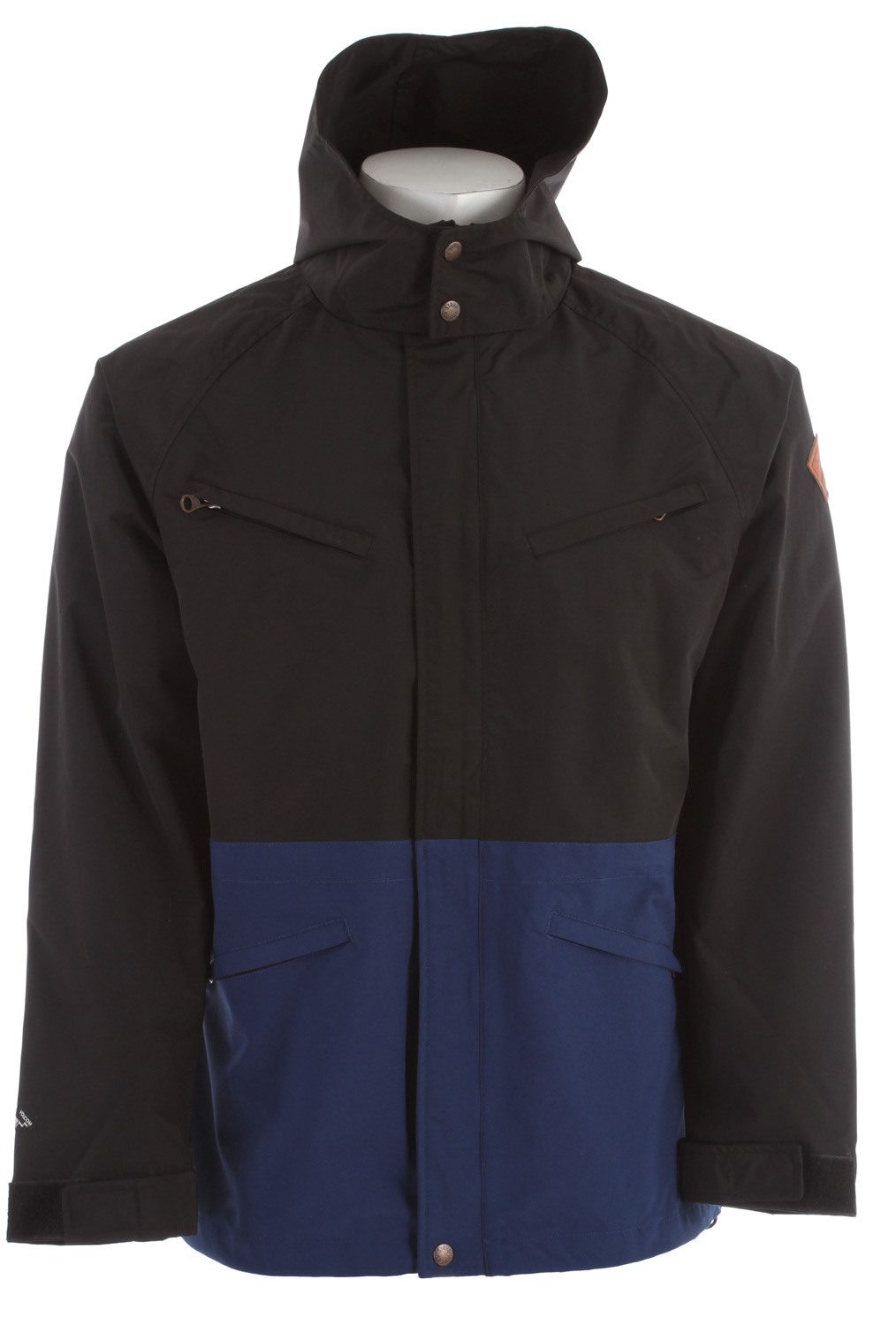 Surf Key Features of the Volcom Quickdraw Jacket: Medium weight waterproof hooded jacket Snap and hidden zipper at center front Chest pockets and hand pockets Adjustable cuffs and removable hood Drawcord detail at waist 100% Nylon Oxford 2000mm Outdoor Collection - $82.95