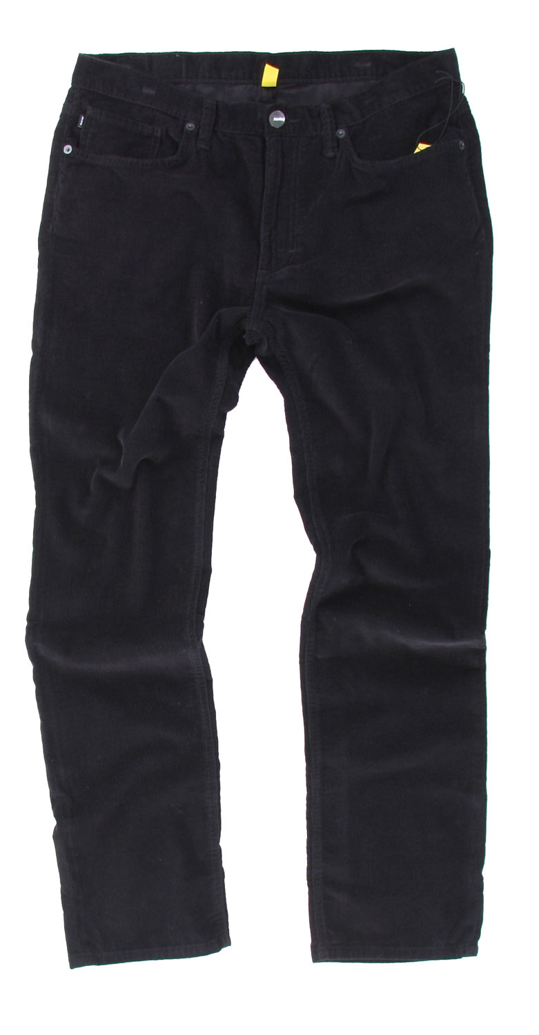 Wear these corderoy pants in the winter and be sure to stay warm and stylish all at the same time. Analog Graves Cord Pants offers a straight leg design, perfect for a casual day out. It's made with 100% cotton, guaranteed quality as it will keep you comfortable all day long. Its five pocket design will flatter the look as will the vertical line texture. Rock these pants with your favorite shirt and you're set to go.Key Features of The Analog Graves Men's Cord Pants: 100% Cotton 5 Pocket Styling Slim FIt - $34.95