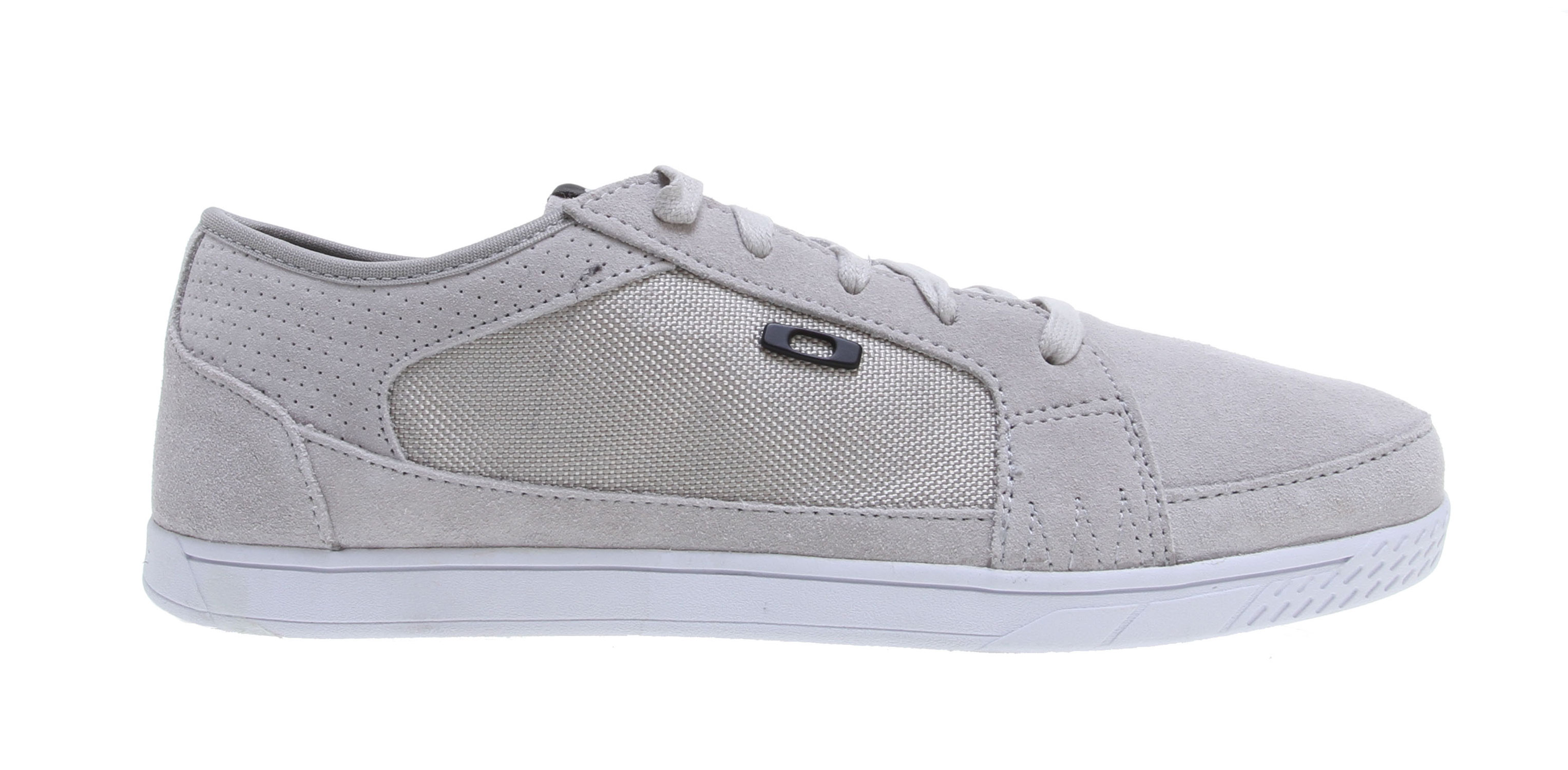 Key Features of the Oakley Westcliff Shoes: Suede and synthetic canvas EVA midsole with Comfortzorb cushioning layer Ortholite performance dual-density insole with moisture transport High traction rubber outsole Icon accents - $46.95