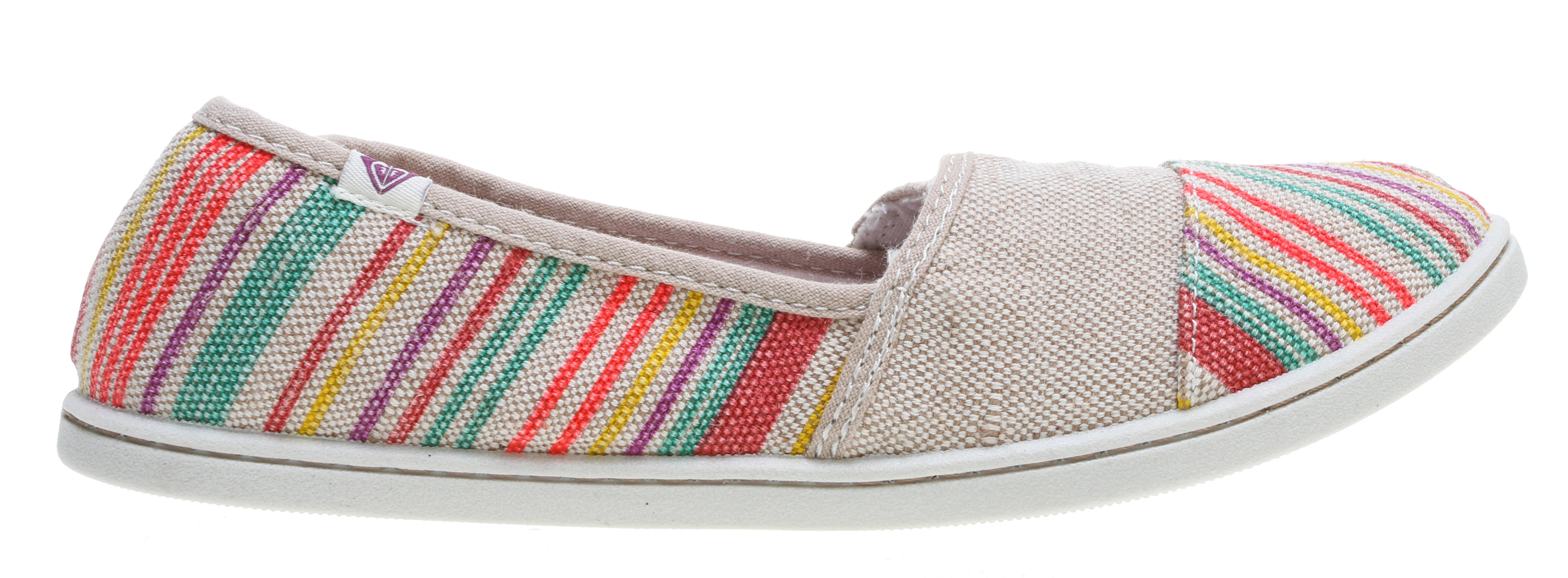 Surf Key Features of the Roxy Pier II Shoes: Washed twill or burlap upper woven logo flag Canvas lining Soft canvas padded insole with graphic logo print Flexible TPR injected outsole Hanging - $30.95