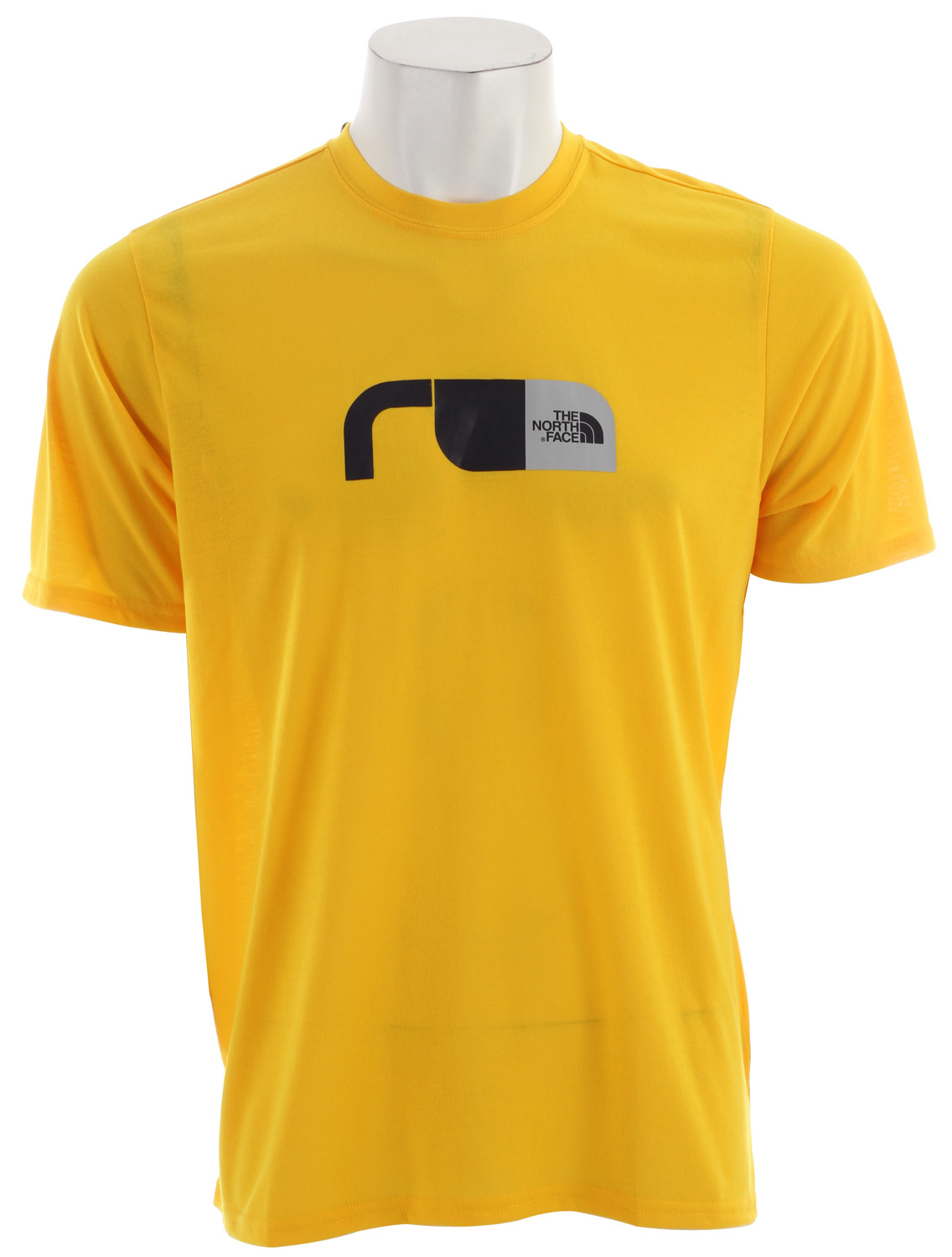 "Short-sleeve VaporWick tee provides excellent moisture management with a comfortable cotton feel, perfect for in-the-gym training. Key Features of the The North Face Graphic Reaxion Crew T-Shirt: Soft, ultralight fabric Relaxed fit Set-in sleeves Drop-tail hem Locker loop Center back: 27.5"" Fabric: 140 g/m2 100% polyester jersey - $16.95"