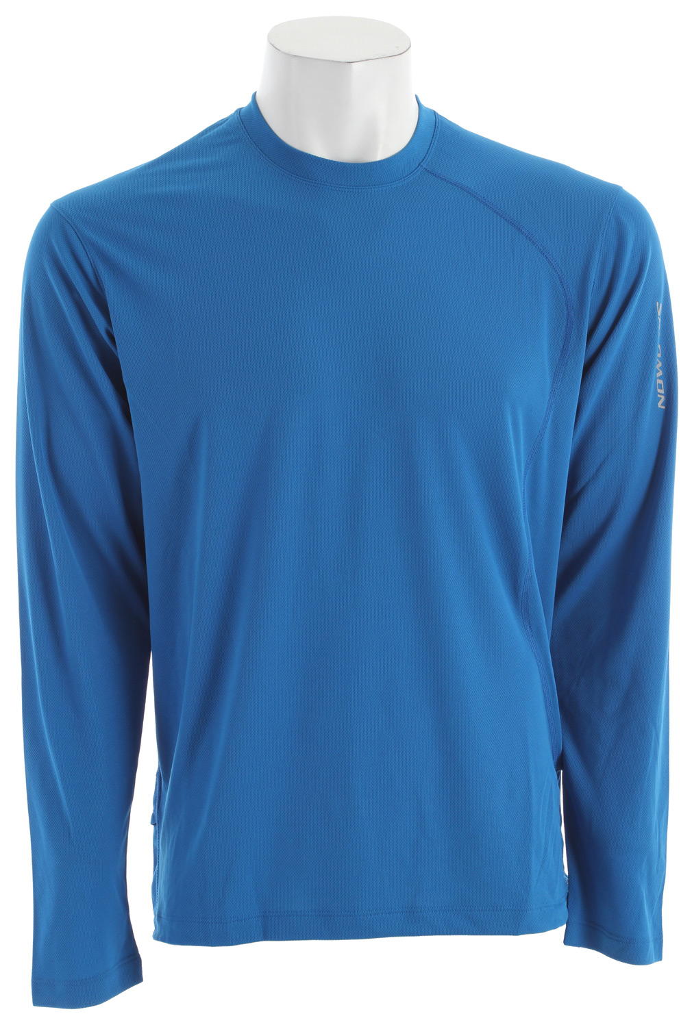 Fitness Relaxed fitting, versatile tee for running and outdoor sports with stretch actiLITE fabric.Key Features of the Salomon Trail III L/S Baselayer Top: SMART SKIN Flatlock seams Reflective branding front & back Stash Pocket actiLITE poly mock eyelet FIT: Relax fit Weight 110 COMPOSITION BODY: PES 100% - $28.95