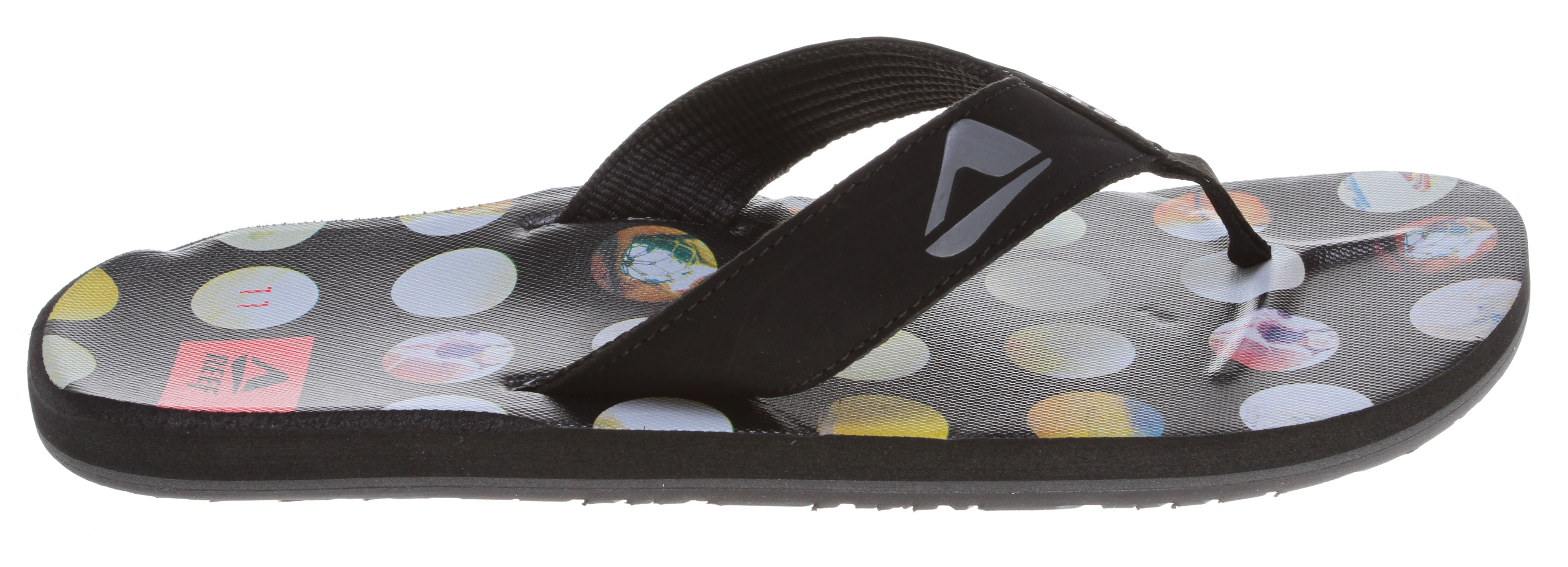 Surf Key Features of the Reef HT Prints Sandals: Guy's Essential Sandal Stylish plaid and rasta prints Soft, comfortable, water friendly synthetic nubuck upper Soft Reef polyester woven lining Non-slip toe bar feature Contoured EVA footbed with anatomical arch support Grippy molded Reef rubber outsole - $19.95