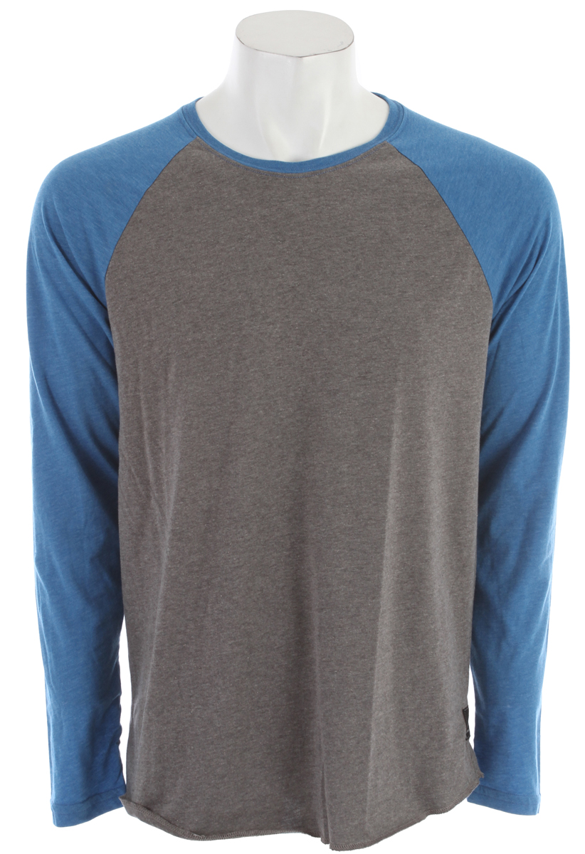 Surf Key Features of the Billabong Essential Raglan: Regular fit long sleeve raglan with an essential woven label and pvc-free heat sealed neck label Made with 50% recycled polyester/50% organic cotton - $21.95
