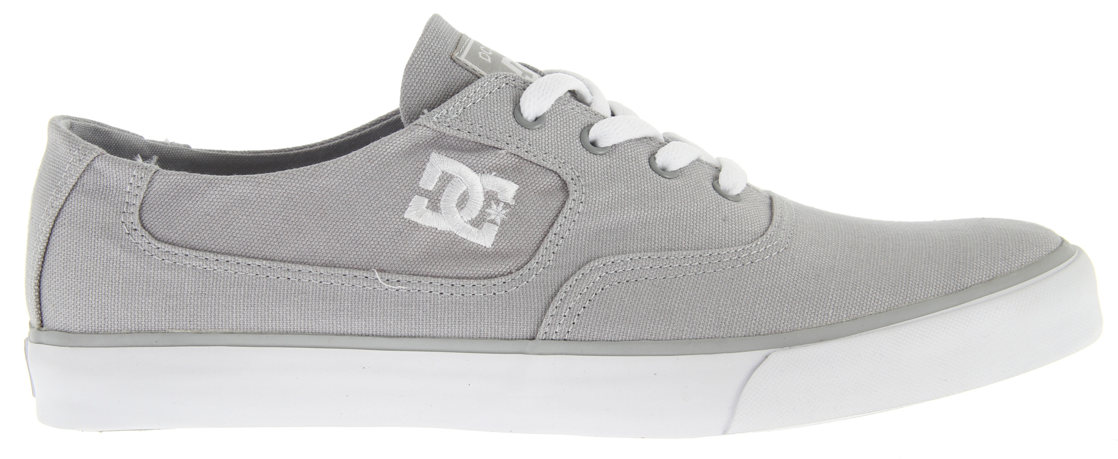 "Skateboard Key Features of the DC Flash TX Skate Shoes: Classic skateboarding style Suede and canvas upper TPU Eyelets DC's Performance Wrap Cup Sole Abrasion-Resistant Sticky Rubber Outsole DC's Trademarked ""Pill"" Pattern Embroidered DC logo Does not come in box - $28.95"