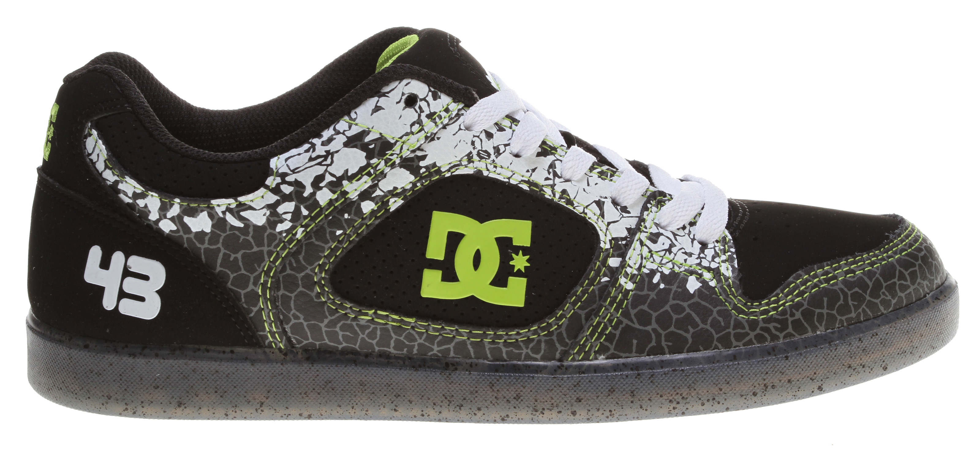Skateboard Skate like the pros in the DC Shoes Union SE skate shoes from the Ken Block Collection.Key Features of the DC Ken Block Union SE Skate Shoes: Uppers of tough suede, smooth leather, and hits of mesh. Padded tongue and collar for comfort and support. Breathable textile-fabric lining with contrasting print. Cushioned footbed for lasting comfort. Lightweight cupsole construction is extremely durable. Clear rubber outsole. - $52.95