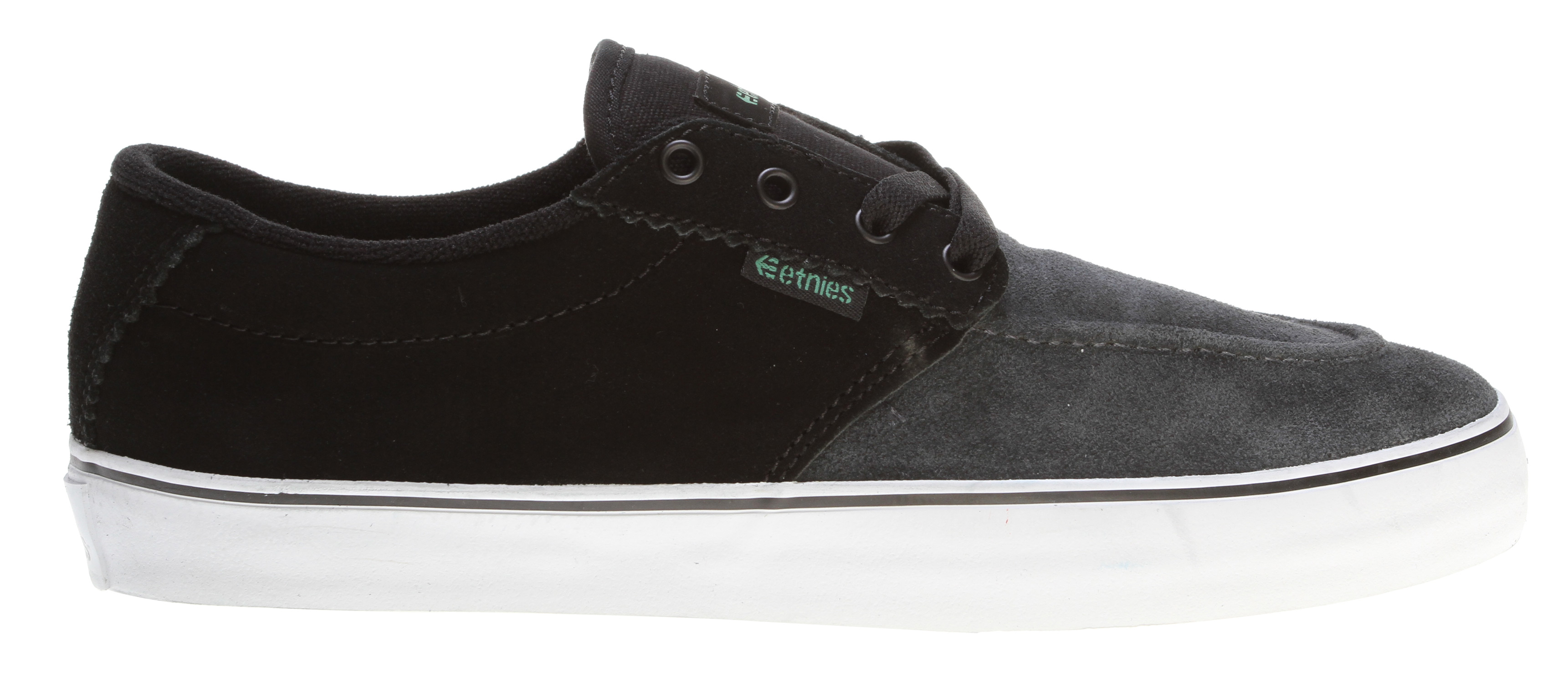 Skateboard Key Features of the Etnies Jameson 2.5 Skate Shoes: Deconstructed styling Vulcanized construction Thin padded tongue and collar STI Foam Lite 1 footbed 400 NBS rubber outsole - $41.95
