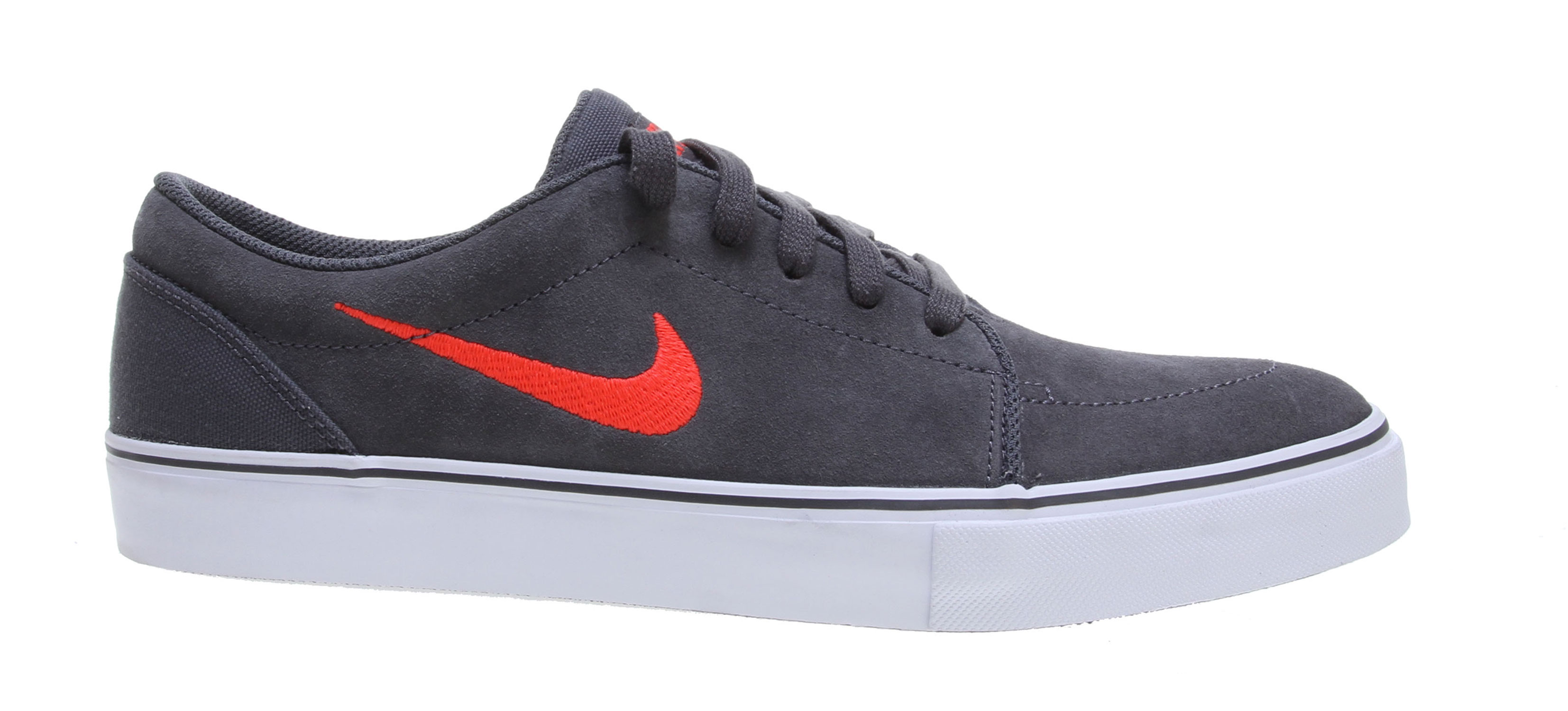 Skateboard Classic minimal skate silhouette. Key Features of the Nike Satire Skate Shoes: Suede, leather, and Nubuck materials. Vulcanized construction for comfort and boardfeel. Flexible vulcanized construction with a tacky gum rubber outsole. - $65.00