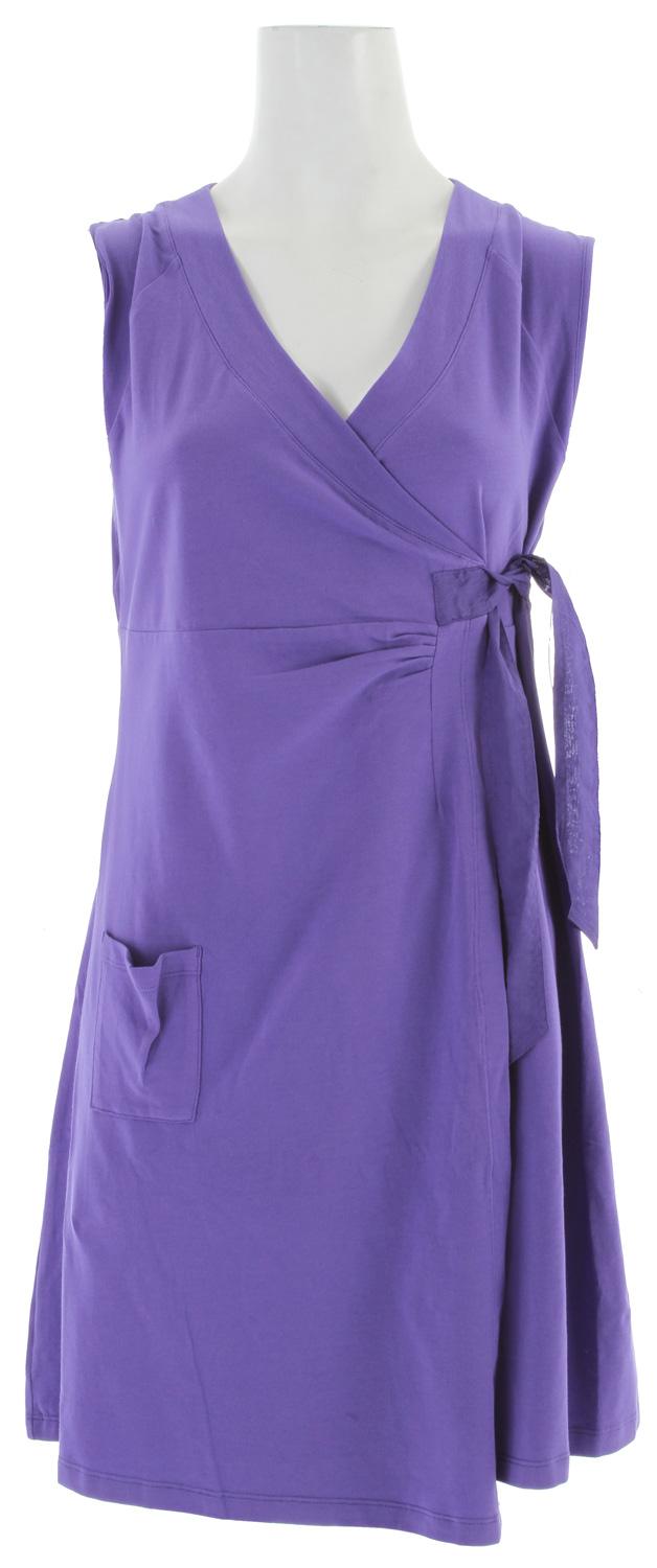 "Entertainment Key Features of the Lole Eleonor Tunic Dress: Sleeveless V-Neck tunic Crossover closure with sheeting belt Patch pocket Length 32"" - $34.95"