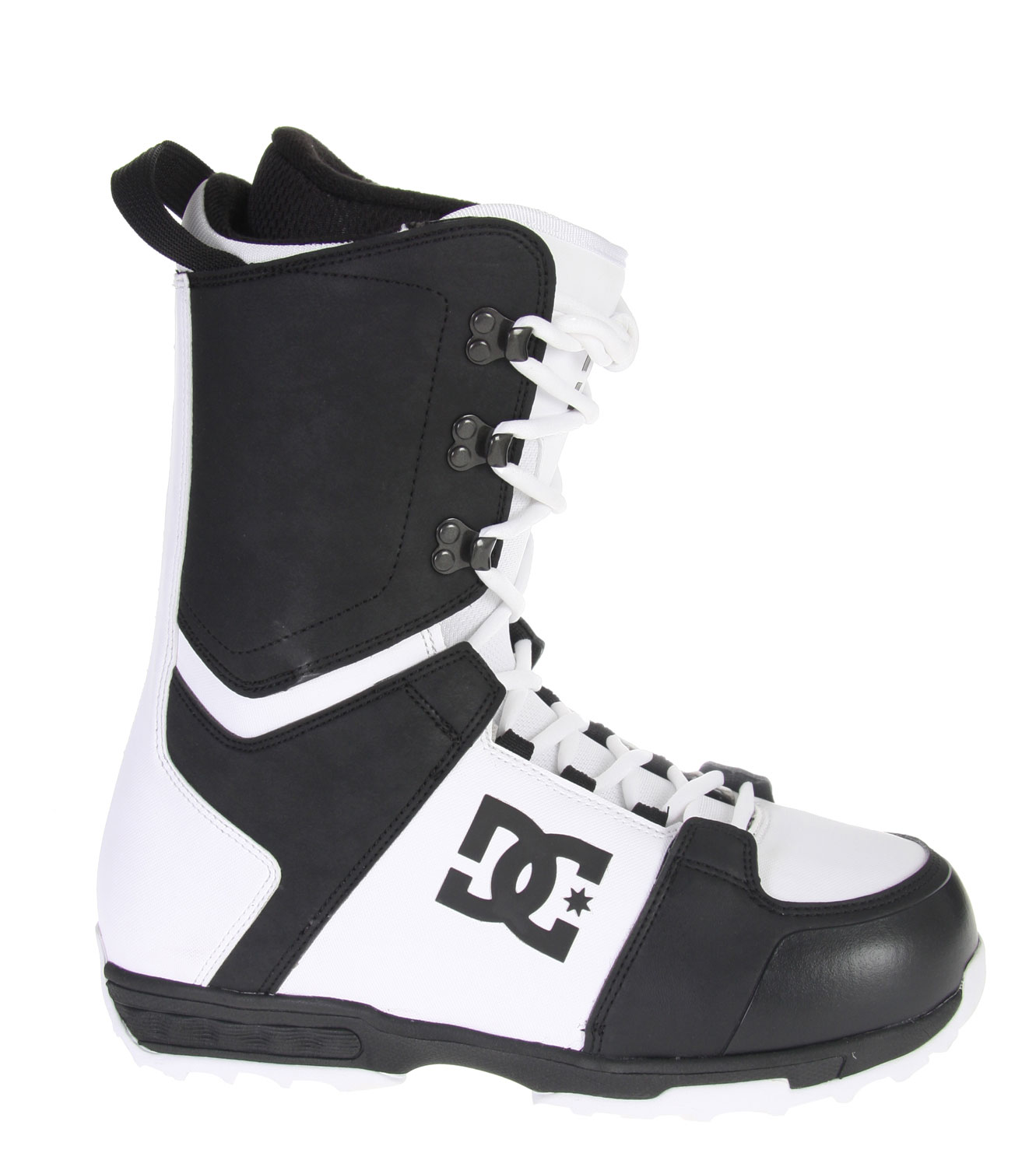 Snowboard A combination of DC influences. Rider inspired. Skate influenced. Performance driven. The Rogan maintains the right amount of flex, comfort, and support to allow riders to hit all spots on the mountain nomatter what the condition.Key Features of The DC Rogan Snowboard Boots: Water Resistant Synthetic Leather Upper Traditional Lace Ergonomically Engineered 3D Tongue Articulated Upper Cuff Internal Ankle Harness Welded Backstay Molded EVA Midsole Functional Sole Design Flex: 6 - $104.95